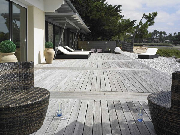 MARITIME PINE DECKING BOARDS